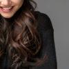 オシャレに魅せる40代の髪型。ロングのヘアスタイルでおさえるべきポイント